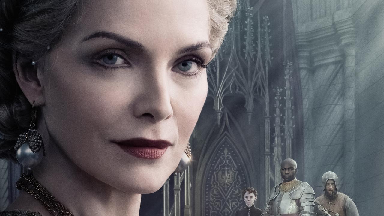 michelle-pfeiffer-as-queen-ingris-in-maleficent-mistress-of-evil-2019-7m-1280x720.jpg